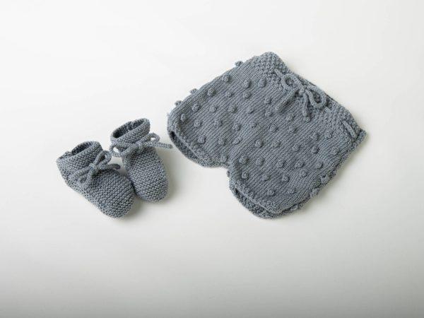 vêtements, accessoires pour adultes, enfants et bébés